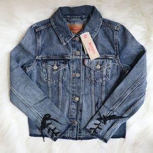 Levi's Original Trucker Jean Jacket Size XS 🌸